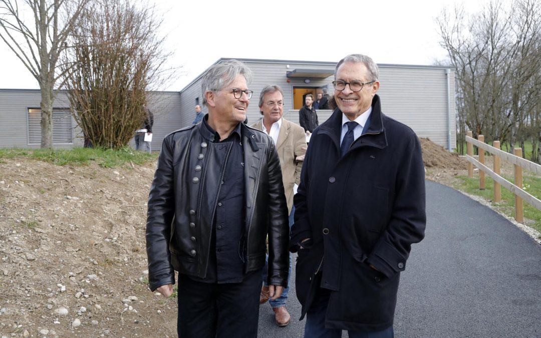 Visite du Bâtiment Au Vert au Village d'Aigues-Vertes
